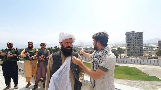 Yeni Şafakın Taliban komutanıyla röportajı sırasında Kabil Havalimanında patlama meydana geldi