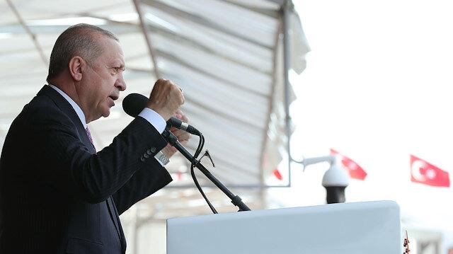 Cumhurbaşkanı Erdoğan: FETÖ ihanet çetesiyle irtibatı olan yaklaşık 21 bin TSK mensubunun orduyla ilişkisi kesildi