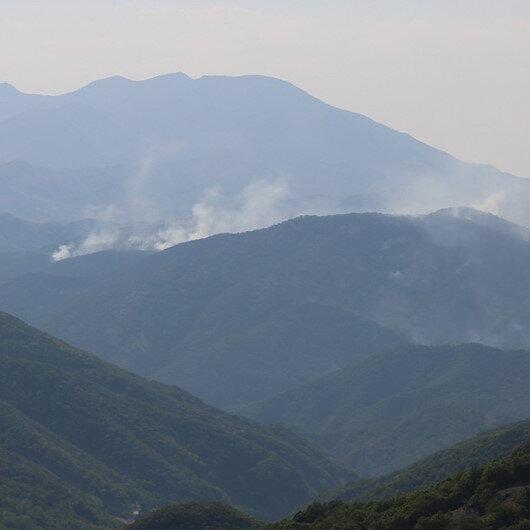 Tunceli'deki yangınlara karadan ve havadan müdahale sürüyor