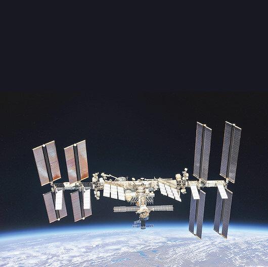 Uzay istasyonu çatladı