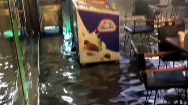 Ankara'da sel: İş yerlerini su bastı