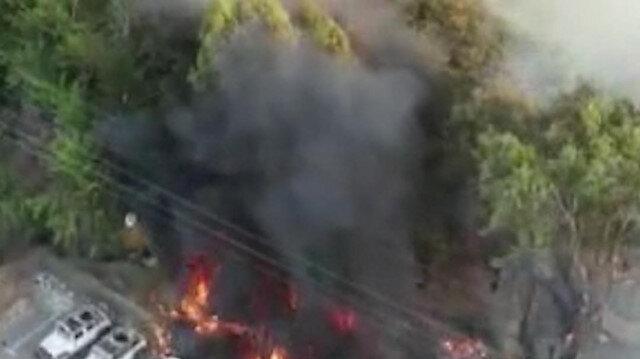 İsrail'de parkta çıkan yangın araçlara sıçradı: 7 otomobil küle döndü