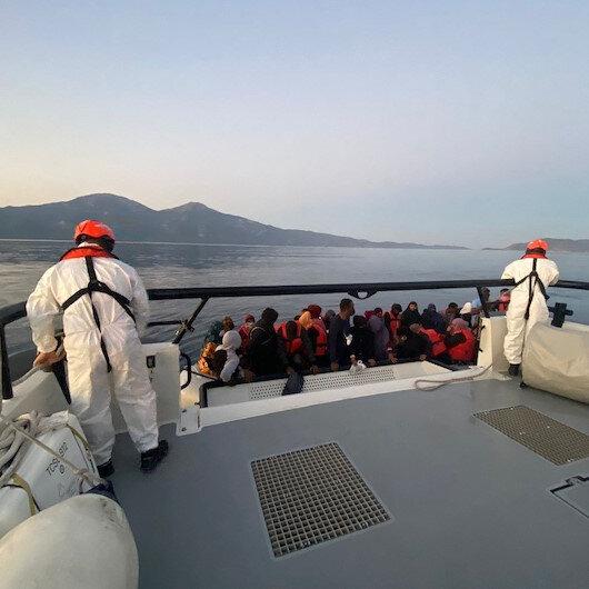 Türk karasularına itilen 120 düzensiz göçmen kurtarıldı