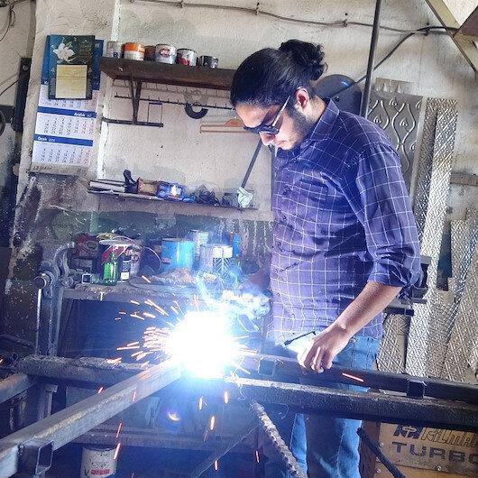 Sanayi çıraklığından tıp fakültesine: Sanayide şartlar ağır ve yorucu ama çalışınca oluyor