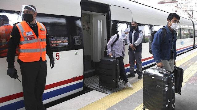 Aşısız yolculara şehirlerarası tren seyahatlerinde test zorunluluğu