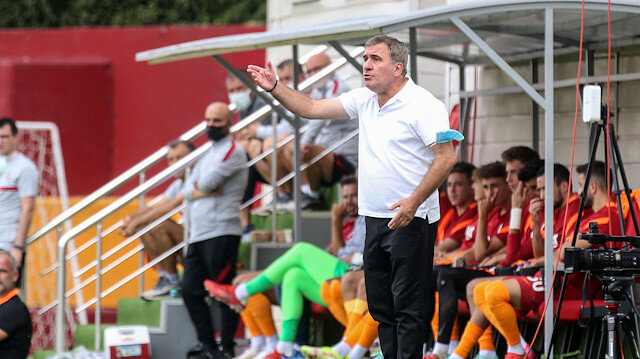 Hagi'nin takımı Galatasaray'ı devirdi