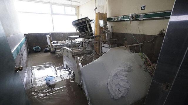 Depremle sarsılan Meksika'da felaketler bitmiyor: Sel nedeniyle hastanede 10 hasta öldü