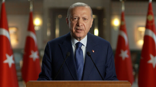 Cumhurbaşkanı Erdoğan'dan Yunanistan'a: Oldubittilerden vazgeçin