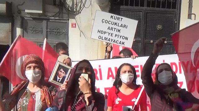 HDP'liler eylem yapan annelerin sesini müzikle bastırmaya çalıştı