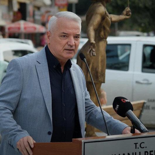 CHPli Belediye Başkanı Zeki Bilgin ilçesine Sağlıkçı Anıtı' yaptırdı