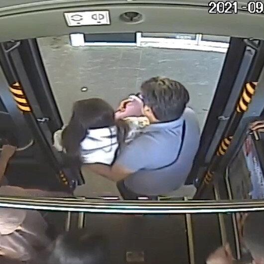 Bingölde otobüs şoförü baygınlık geçiren genç kızı hastaneye yetiştirdi