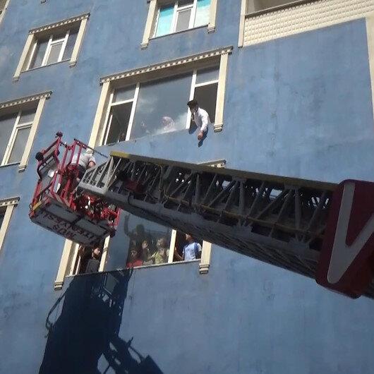 6 katlı binada yangın çıktı, mahsur kalan vatandaşın imdadına itfaiye yetişti