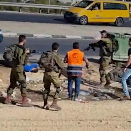 İşgalci İsrail güçleri silahla yaraladığı Filistinliye sağlık personelinin müdahale etmesini engelledi
