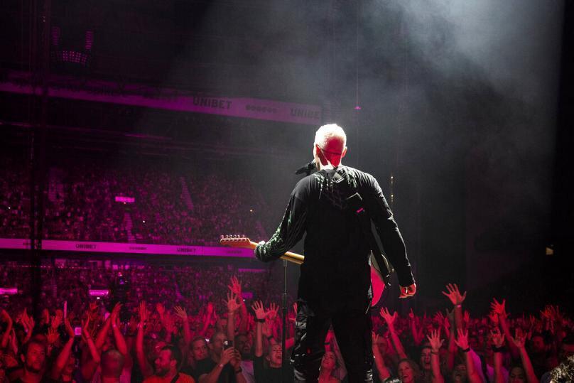 Post-punk grubu The Mindsof 99, 50 bin kişilik salonda konser verdi.