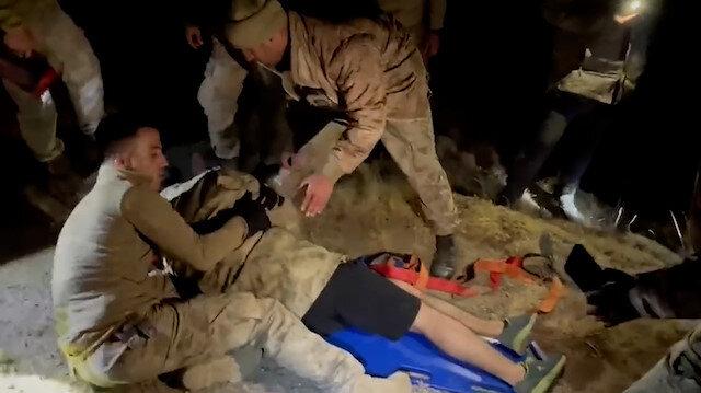 Nemrut Dağı'nda mahsur kalan dağcıların yardımına jandarma yetişti