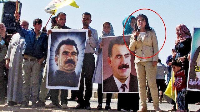 Mansur Yavaş ve PKK sempatizanı Leyla Mustafa'ya aynı vakıftan ödül