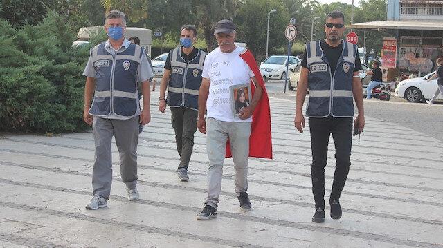 Ümit Yürüyüşü: Elinde kızının fotoğrafı sırtında Türk bayrağı ile Ankara'ya yürüyor