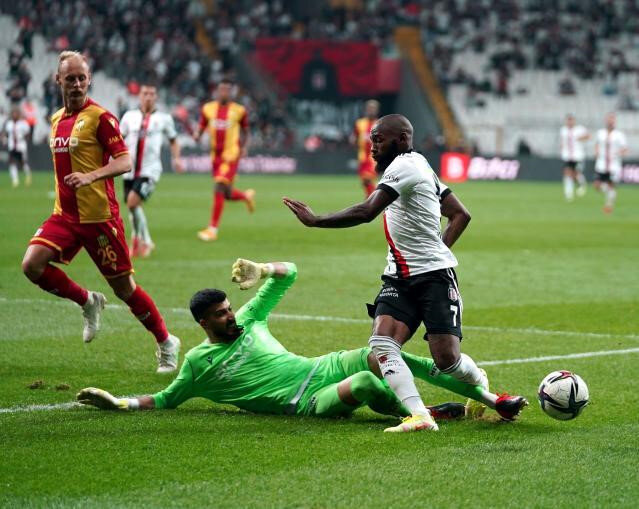 N'Koudou kritik maçta forma giyemeyecek.