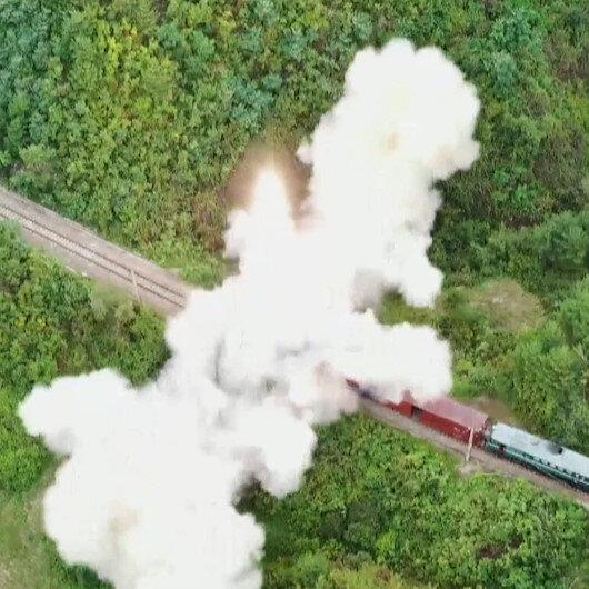 Kuzey Koreden sıra dışı füze denemesi: Trenden fırlatıldığı anlar böyle görüntülendi