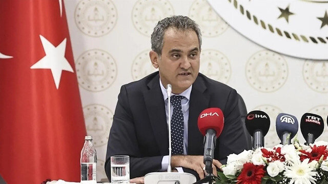 Milli Eğitim Bakanı Özer: Kapatılan sınıflarda eğitime 14 gün sonra geri dönülüyor