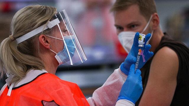 ABD'den aşı kararı: 18 yaş üzeri yabancılara zorunlu olacak