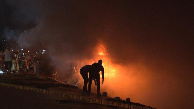 Bir günde ikinci yangın çıktı: Küle dönen tekne battı