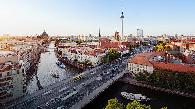 Berlin halkı artan konut ve kira fiyatlarına karşı 'kamulaştırma referandumuna' gidiyor