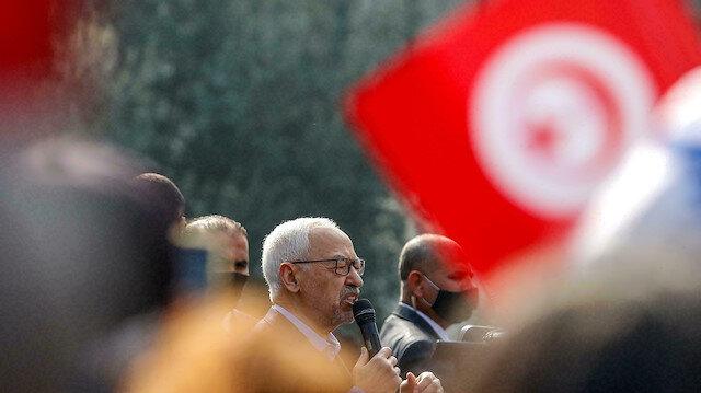 Nahda Hareketi başta olmak üzere Tunus'ta 4 parti, Said'in kararlarına karşı çıkıyor