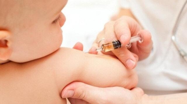 Prof. Dr. Kurugöl: Sağlık ocaklarında bebeklere 'yanlışlıkla' korona aşısı yapıldı