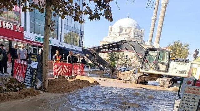 Tekirdağ'da patlayan su borusu vatandaşı isyan ettirdi: TESKİ'den yine beceriksizlik örneği