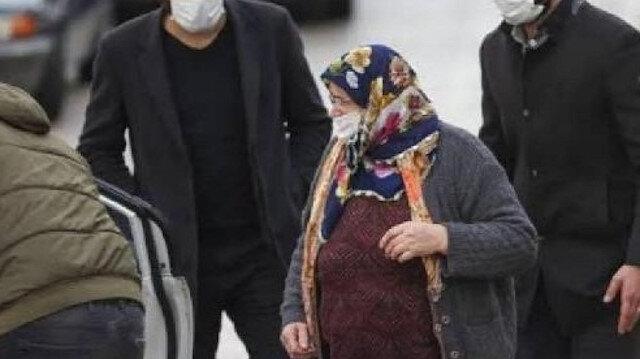 60 yıllık eşini 38 yerinden bıçaklayarak öldüren kadının kızı: Babam anneme şiddet uyguluyordu