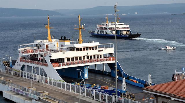 Bozcaada feribot hattına 12 ek sefer