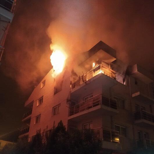 Aydında öfkeli koca binayı ateşe verdi mahalleli sokağa döküldü