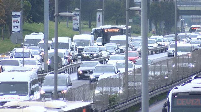 İstanbul'da yağmur sonrası trafik yoğunluğu yüzde 70 seviyelerinde