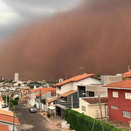 Brezilyada korkutan kum fırtınası: Gökyüzünü toz bulutu kapladı