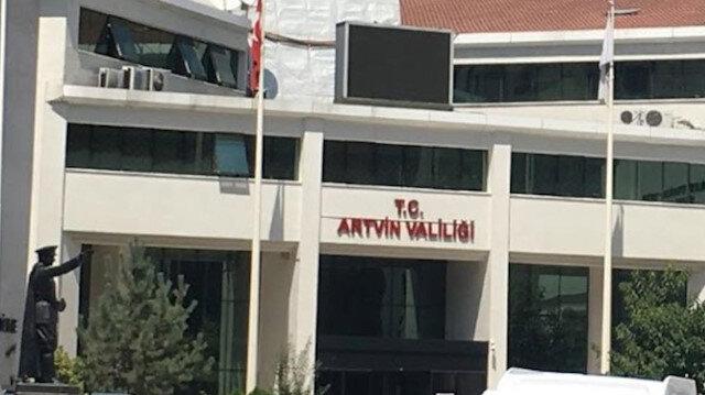 Artvin Valiliğinden 'kaymakam öğretmeni sınıftan kovdu' iddialarına ilişkin açıklama: Hemen inceleme başlatıldı