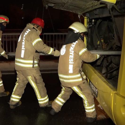 Avcılarda İETT otobüsü kaza yaptı: 1i ağır 4 kişi yaralandı