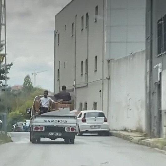 İstanbul Çekmeköyde sandalye üzerinde tehlikeli yolculuk kamerada
