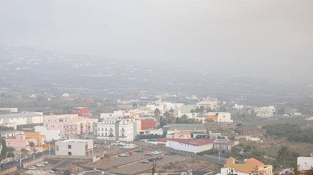 La Palma'da hava kirliliği nedeniyle 3 bin 500 kişiye sokağa çıkma kısıtlaması