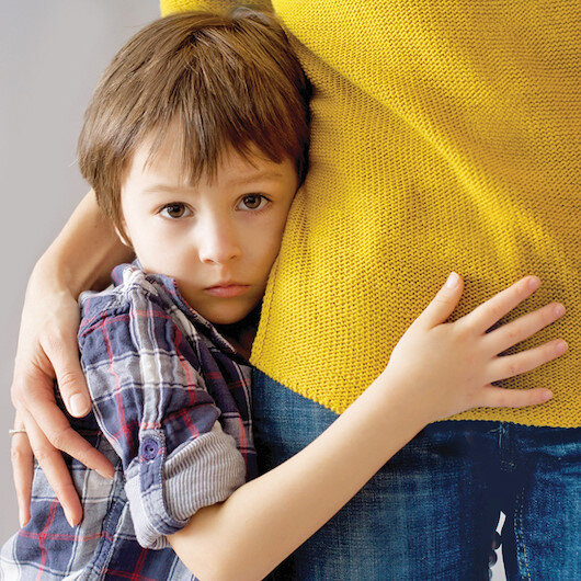 Anneye bağımlılık okul fobisine yol açıyor
