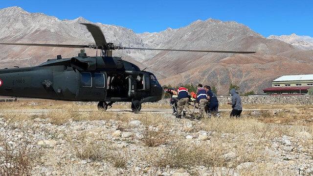 Tunceli'de ayı saldırısı sonucu yaralanan şahıs askeri helikopterle hastaneye kaldırıldı