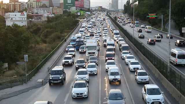 İstanbul'da haftanın ilk iş günü trafik yoğunluğu