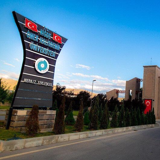 Cumhurbaşkanı Erdoğan üç üniversitenin rektör atamasını yaptı