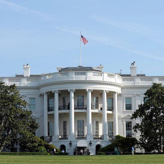 Beyaz Saray'dan sosyal medyaya düzenleme sinyali: Kendi kendini düzenleyemiyor