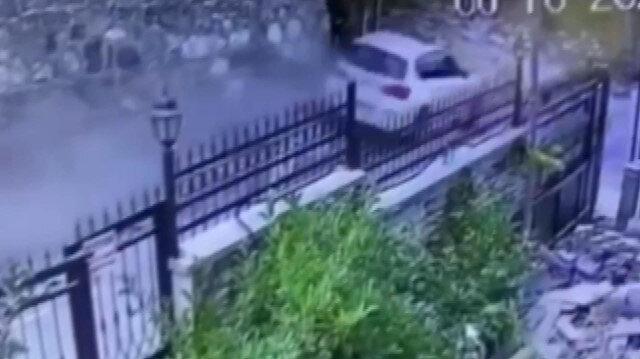 Sarıyer'de direksiyon hakimiyetini kaybeden sürücü istinat duvarına çarptı