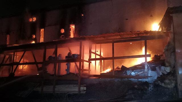 Kastamonu'da toptancı halinde yangın