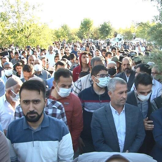PKK/YPG destekçileri tarafından katledilen Yasin Börü ve arkadaşları mezarları başında anıldı