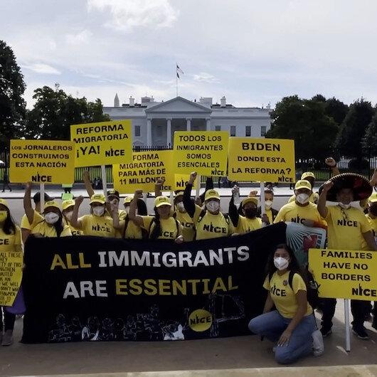 Beyaz Saray önünde toplanan göçmenler Biden yönetimini protesto etti