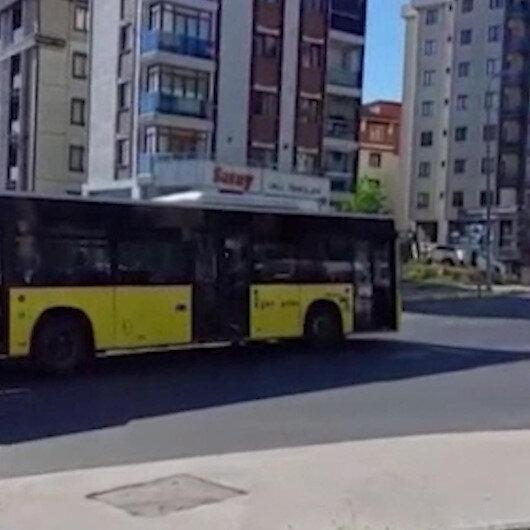 Otobüs yolun ortasında kaldı vatandaşlar isyan etti: Her şey çok güzel oluyor