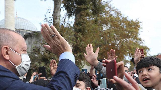 Cumhurbaşkanı Erdoğan cuma namazını Eyüp Sultan Camisi'nde kıldı